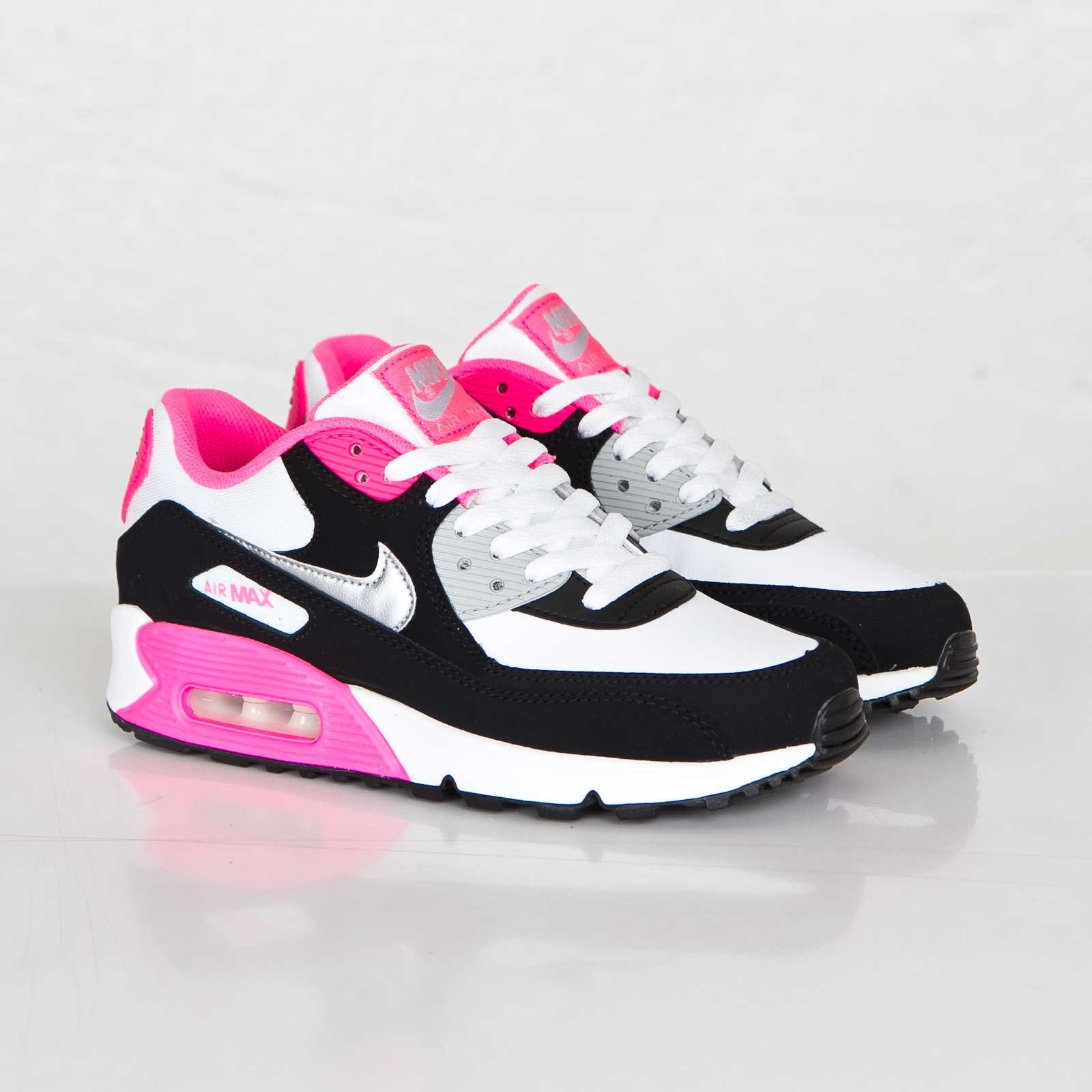 nike air max soldes de femme nike sortie discount shox. Black Bedroom Furniture Sets. Home Design Ideas